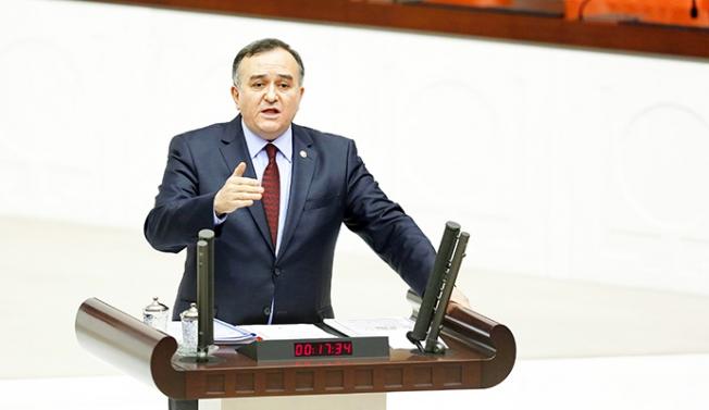 MHP'li Akçay'a 'bakan' göndermesi