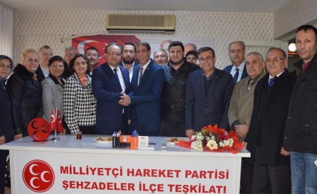 AK Parti'den MHP'ye  'evet' teşekkürü