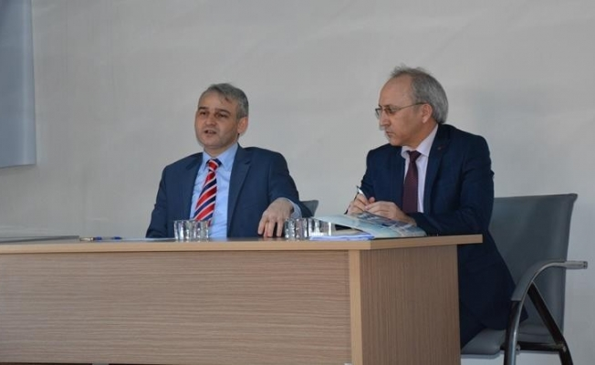 Kaymakam Osman Güven, Selendi de  Öğretmenler İle Toplantı Yaptı.