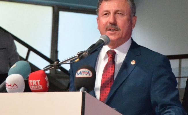 Özdağ, Başkan Ergün'e yüklendi