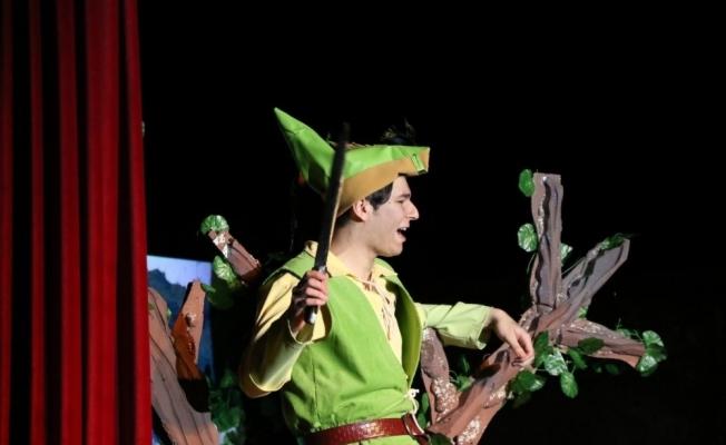 Robin Hood oyununa miniklerden büyük ilgi
