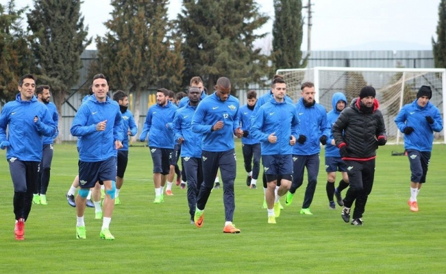 Akhisar Belediyespor Trabzonspor maçı hazırlıklarını tamamladı