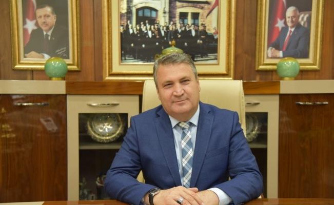 Başkanlar ve STK'lar şair Mehmet Akif'i andı