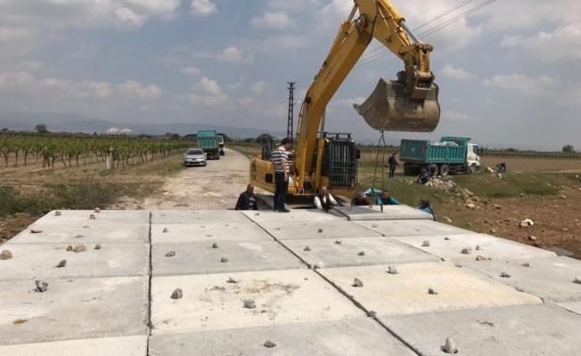 Yol yenilendi araç trafiğine açıldı