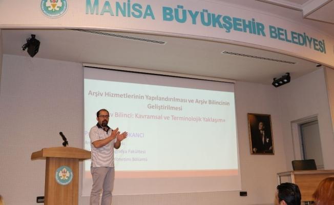 Büyükşehir personeline arşiv bilinci semineri