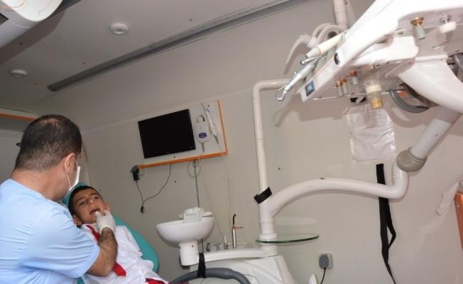 İlkokul öğrencileri diş taramasından geçti