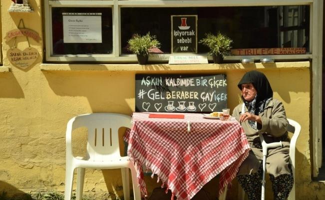 Manisalı fotoğrafçılar Bursa'da hünerlerini konuşturdu