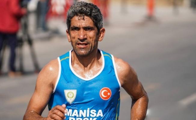 Manisalı maratoncu Almanya yarışı öncesi moral buldu