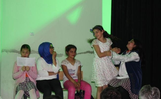 Salihli Sardes Tiyatro Günleri başladı