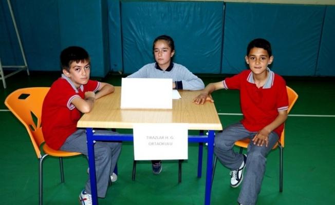 Sarıgöllü öğrenciler bilgileriyle yarıştı