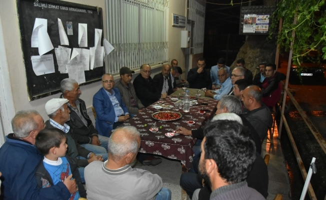Başkan Kayda'dan kiraz üreticilerinin yanında
