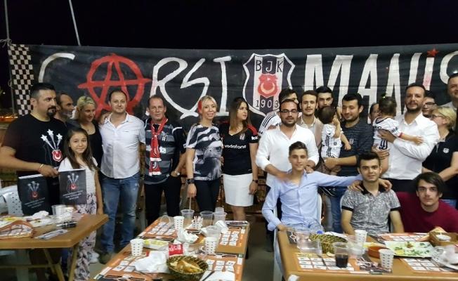 Manisalı Beşiktaş taraftarları iftarda buluştu