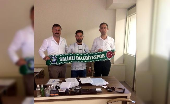 Salihli Belediyespor'dan futbola transfer