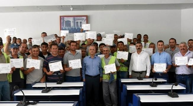 Salihli'de temizlik işçileri sertifikalı oldu