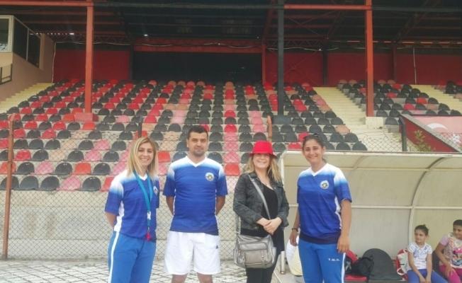 Turgutlu Belediyespor Bayan Futbol Takımına Kleopatra'dan danışmanlık desteği