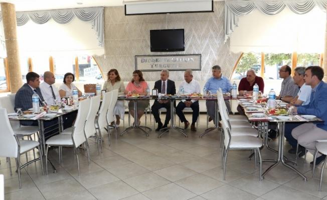 Turgutlu'da akıllı sayaçlar görüşüldü