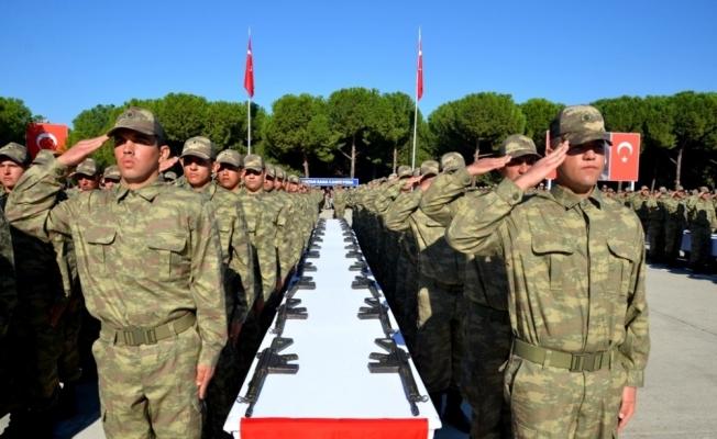 Alaşehir'de bin 742 acemi asker yemin etti