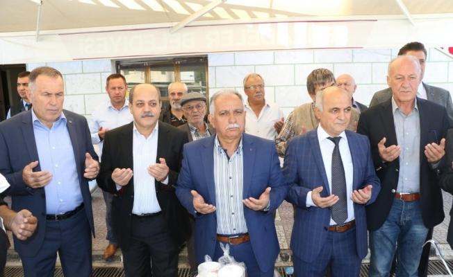Büyükşehir temsilcileri aşure hayırlarına katıldı