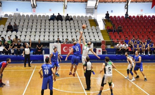 Gemlik, İzmir Büyükşehir Belediyespor'u mağlup etti
