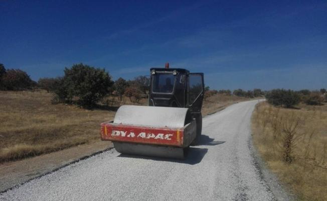 Köprübaşı'nda asfalt çalışmaları sürüyor