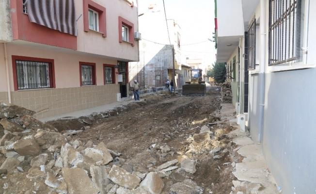 Turgutlu'da 2 mahallenin daha sokakları yenileniyor