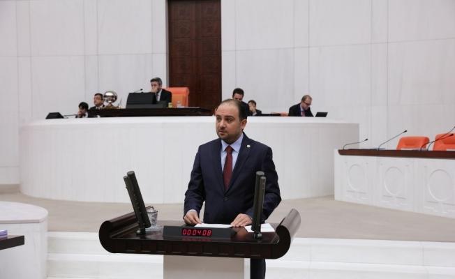 AK Parti'li Baybatur, iç ve dış tehditlere dikkat çekti