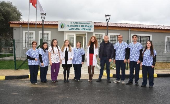 Alaşehir Belediyesinden Alzheimer Danışma Merkezi
