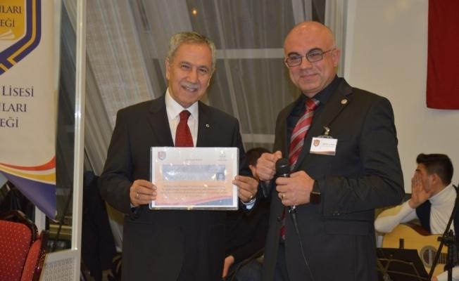 Arınç'a 52 yıl sonra lise diploması sürprizi