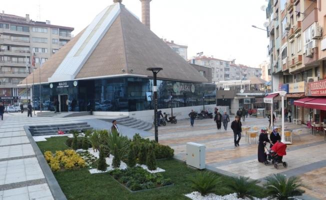 Yarhasanlar Camii çevresi artık daha güzel