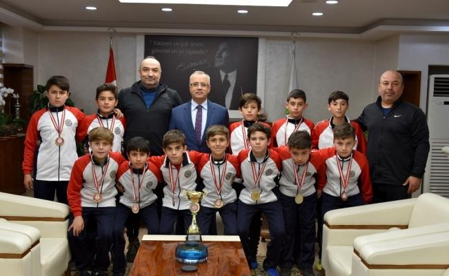 Başkan Kayda, il şampiyonlarını kutladı