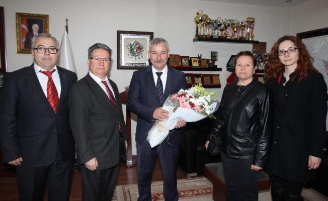 Başkan Yaralı, Saruhanlı Vergi Dairesi Müdürü Çetin'i ağırladı