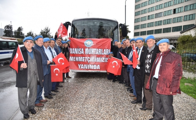 Manisalı muhtarlardan Afrin'deki Mehmetçiğe destek