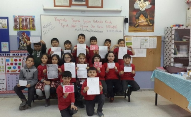 Selendili öğrencilerden Afrin'deki askerlere moral mektubu