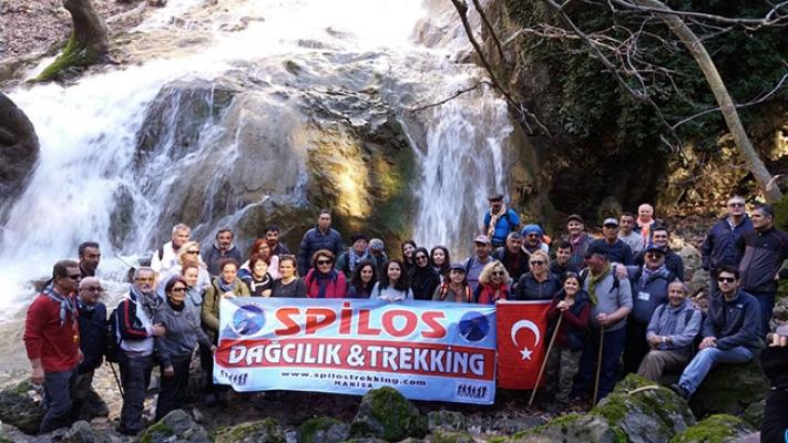 Spilos dağcıları Kavacık Şelalesi'nde