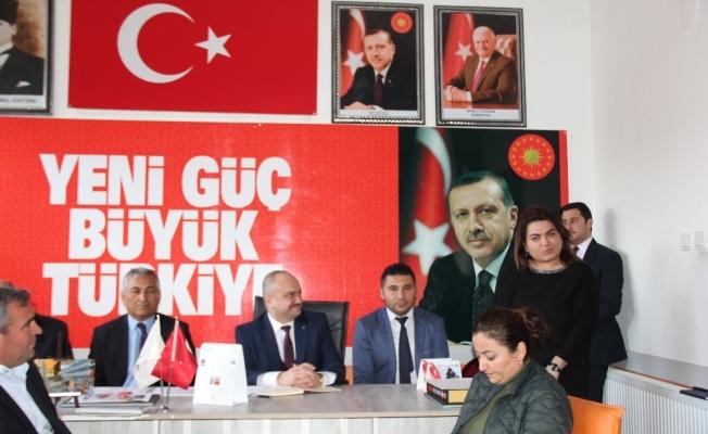 AK Parti seçim çalışmalarına Sarıgöl'den başladı