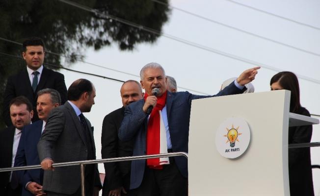 """Başbakan Yıldırım: """"Bilumum terör örgütleri korkun Türkiye'den, korkun Mehmetçikten"""""""