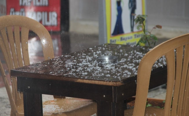 Manisa'da dolu yağışı