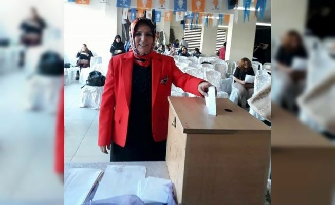 Alaşehir AK Parti Kadın Kolları'nda Kocatürk güven tazeledi