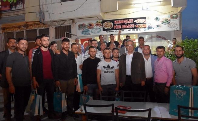 Başkan Karaçoban askerleri dualarla uğurladı
