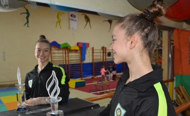 Cimnastiğin altın kızı Onbaşı'nın gözü yine dünya şampiyonluğunda