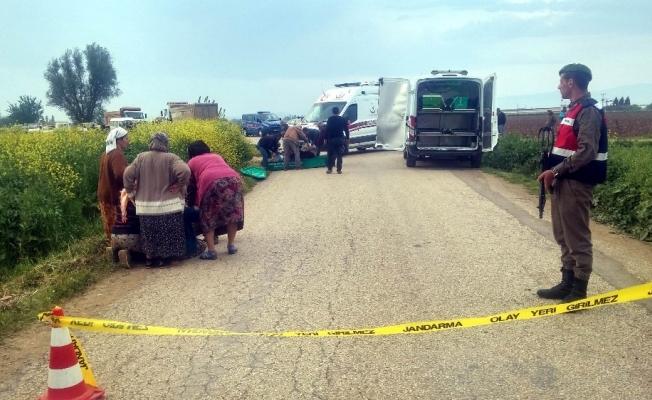 Kamyonla motosiklet çarpıştı: 1 ölü