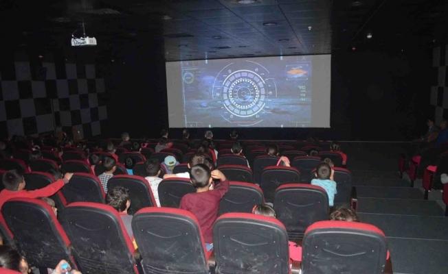 Kulalı öğrenciler sinemayla buluştu