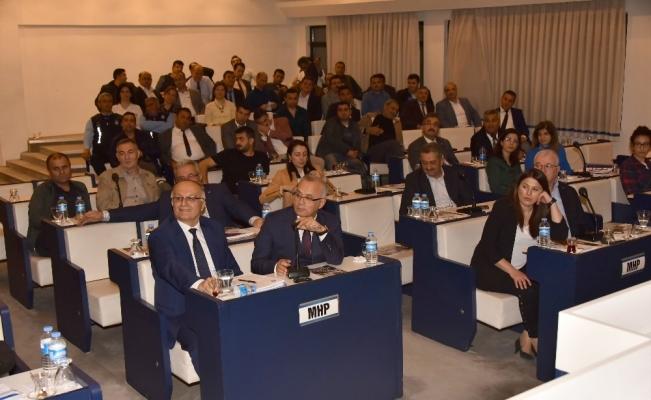 Salihli Belediye Meclisi, encümen ve komisyon üyelerini seçti