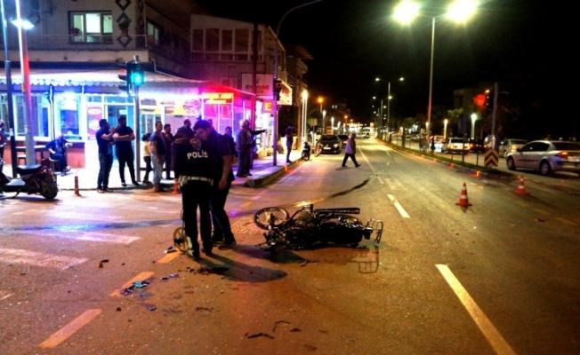 Sarıgöl'de motosiklet kazası: 3 yaralı