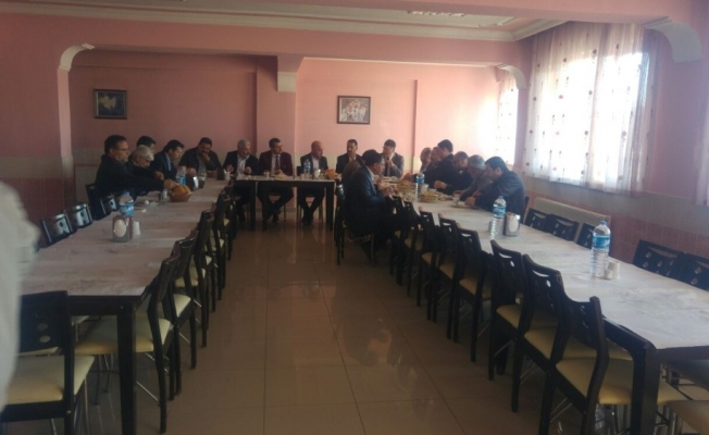 Saruhanlı'da İmam Hatip okullarının sorunları tartışıldı