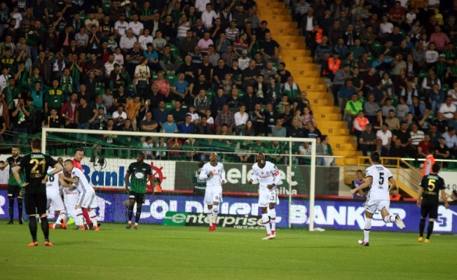 Spor Toto Süper Lig: T.M. Akhisarspor: 0 - Beşiktaş: 1 (Maç devam ediyor)
