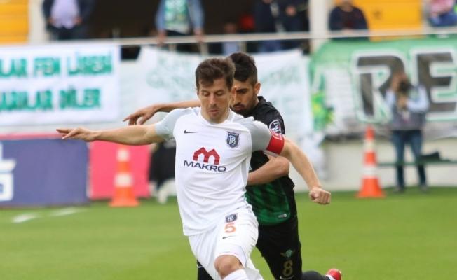 Spor Toto Süper Lig: T.M. Akhisarspor: 1 - M. Başakşehir: 0 (İlk yarı)
