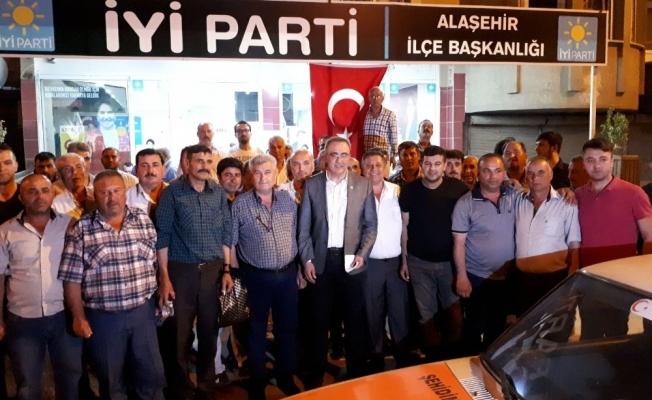 Milletvekili aday adayı Karaçoban İYİ Parti'ye katıldı