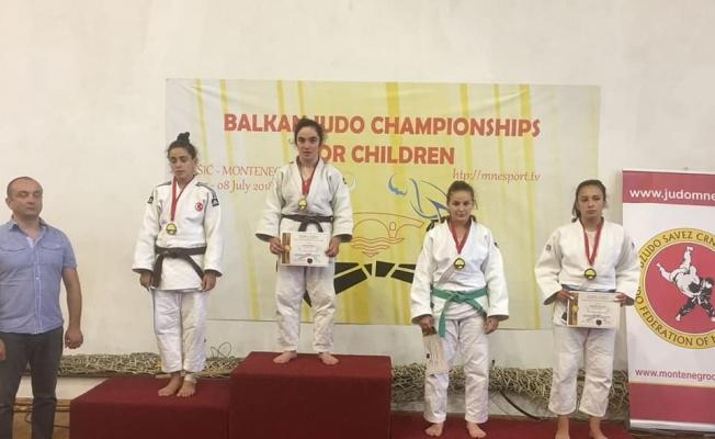 Judoda Balkan Şampiyonu Yunusemre'den