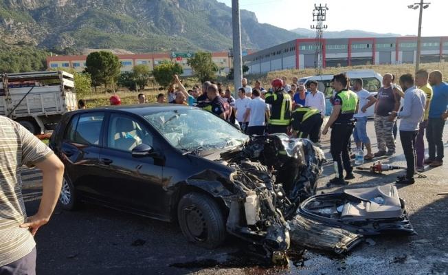 Manisa'da zincirleme kaza: 1 ölü, 6 yaralı